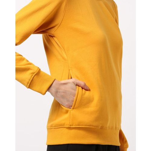 Fort Collins Round-Neck Sweatshirt with Insert Pockets