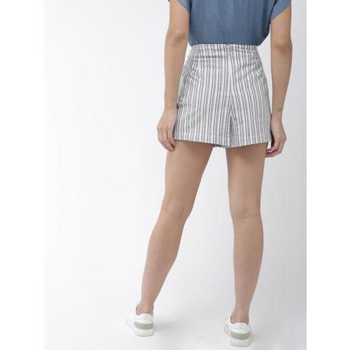 FOREVER 21 Women White & Navy Blue Striped Regular Fit Skort