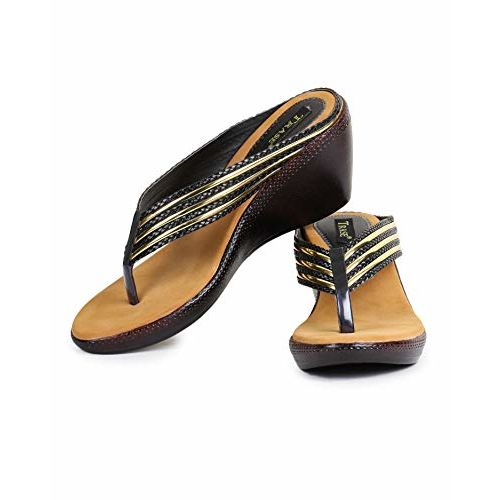 TRASE V Heels & Wedges Chappals