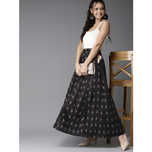 HERE&NOW Women Black & Off-White Ikat Print Flared Maxi Skirt