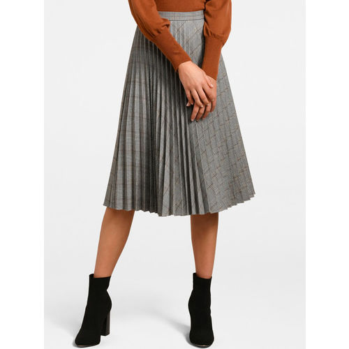 Forever New Women Grey Checked Flared Pleated Midi Skirt