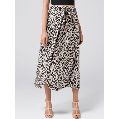 Forever New Women Beige & Black Printed Midi Skirt