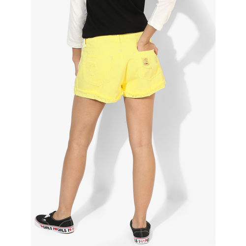 FOREVER 21 Yellow Solid Shorts