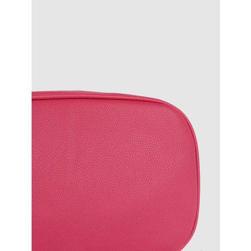 Caprese Fuchsia Textured Handheld Bag