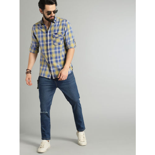 Roadster Men Blue & Yellow Regular Fit Checked Casual Shirt