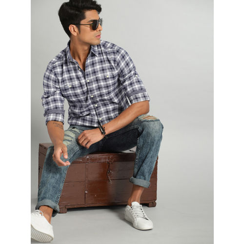 Roadster Men Blue & White Soft Brushed Twill Checked Casual Shirt