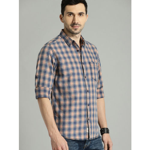 Roadster Men Blue & Peach-Coloured Regular Fit Checked Casual Shirt