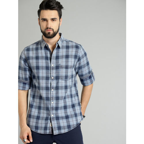 Roadster Men Blue Grindle Indigo Washed Checked Casual Shirt