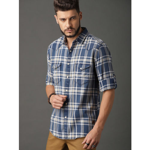 Roadster Men Blue & Yellow Comfort Fit Checked Casual Shirt
