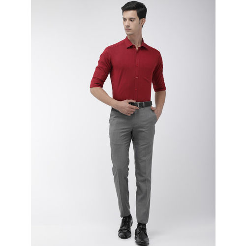 Park Avenue Men Maroon Slim Fit Solid Formal Shirt