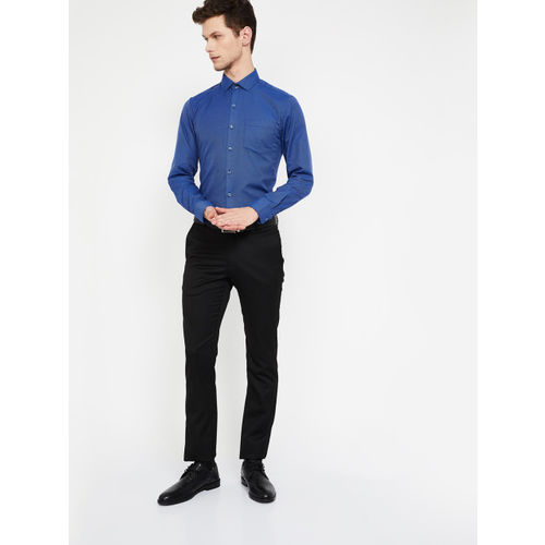 CODE by Lifestyle Men Blue Slim Fit Solid Formal Shirt