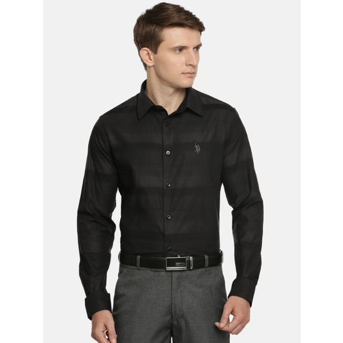 U.S. Polo Assn. Tailored Men Black & Grey Tailored Fit Self Design Formal Shirt