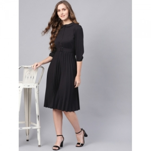 SASSAFRAS Black Solid Accordian Pleats A-Line Dress