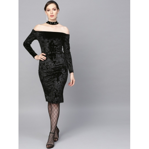 SASSAFRAS Women Black Solid Velvet Finish Bodycon Dress