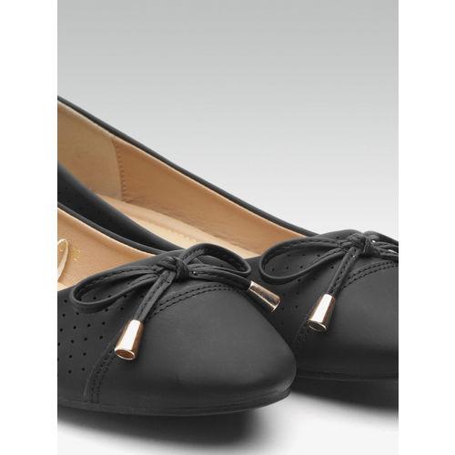 Carlton London Women Black Perforated Ballerinas