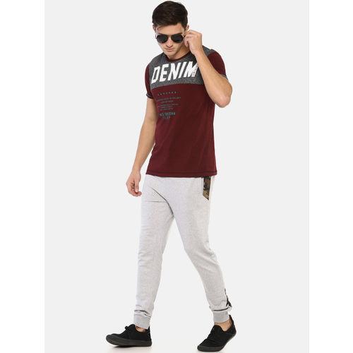 Masculino Latino Men Burgundy & White Printed Round Neck T-shirt