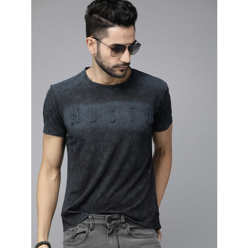 Roadster Men Navy Blue Printed Round Neck T-shirt With Applique Detail