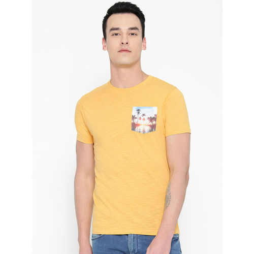 Pepe Jeans Men Yellow Solid Round Neck T-shirt