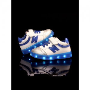 Walktrendy Kids White LED Light Sneakers