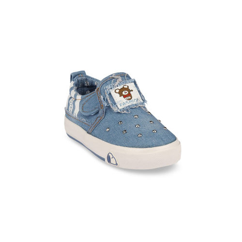 Walktrendy Kids Blue Embellished Slip-On Sneakers