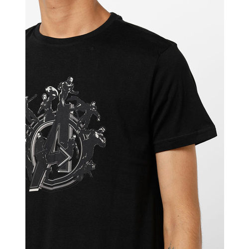 AJIO Avengers Print Crew-Neck Slim Fit T-shirt