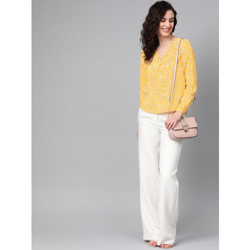 The Vanca Women Yellow & White Printed High-Low Top