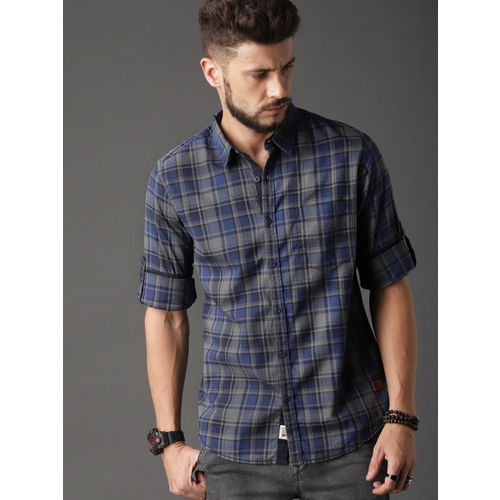 Roadster Men Navy Blue & Grey Regular Fit Summer Check Casual Shirt
