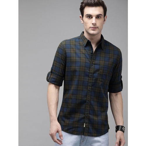 Roadster Men Coffee Brown & Navy Blue Regular Fit Checked Casual Shirt