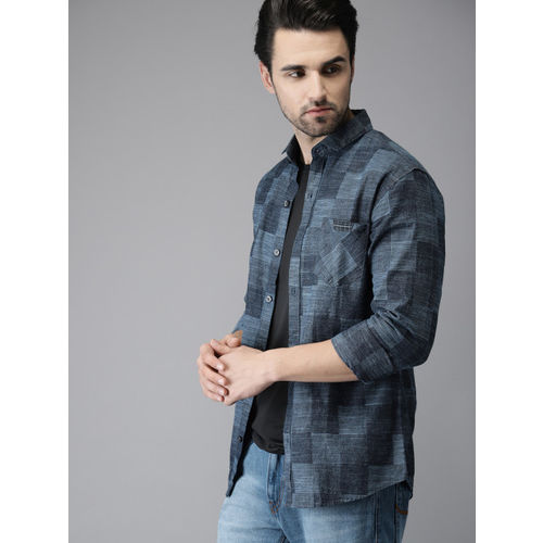 Campus Sutra Men Blue Standard Regular Fit Checked Casual Shirt