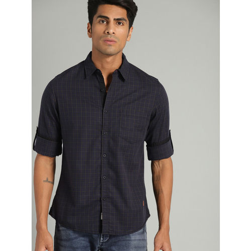 Roadster Men Navy Blue & Olive Green Regular Fit Checked Casual Shirt