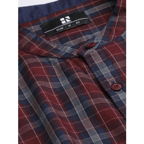 HERE&NOW Men Maroon & Navy Blue Slim Fit Checked Casual Shirt