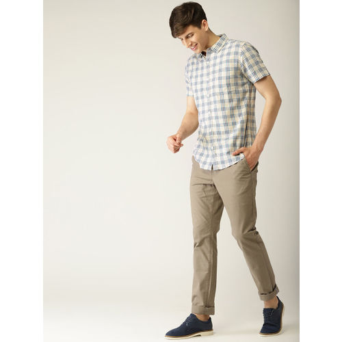 United Colors of Benetton Men Beige & Blue Slim Fit Checked Casual Shirt