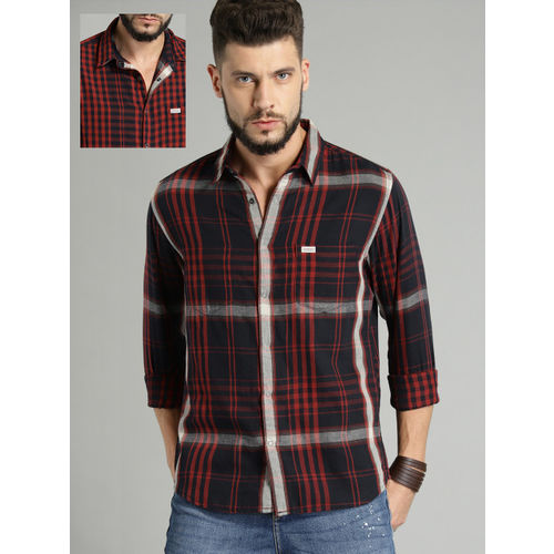 Roadster Men Navy Blue & Red Reversible Checked Casual Shirt