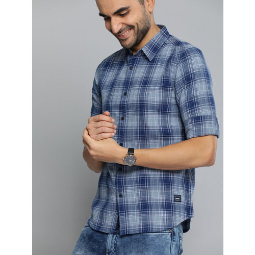 The Humbl Co. Men Navy Blue & White Slim Fit Checked Casual Shirt