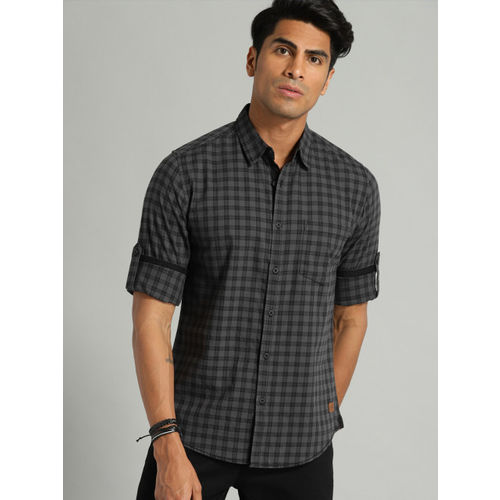 Roadster Men Black & Charcoal Grey Regular Fit Checked Casual Shirt