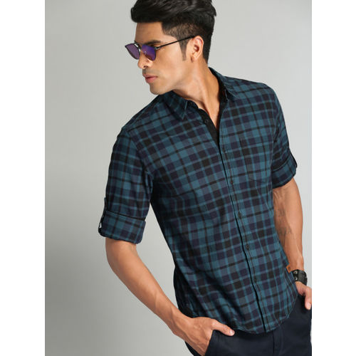 Roadster Men Teal Blue & Black Checked Casual Shirt