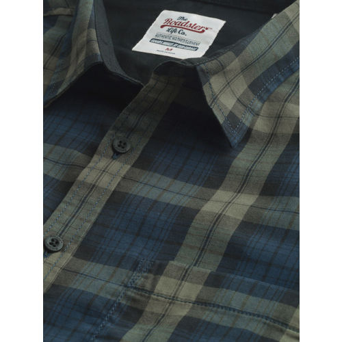 Roadster Men Teal Blue & Olive Green Regular Fit Checked Casual Shirt