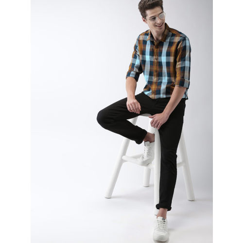 Mast & Harbour Men Multicoloured Slim Fit Checked Casual Shirt