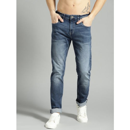 Roadster Men Blue Washed Slim Fit Mid-Rise Clean Look Stretchable Jeans