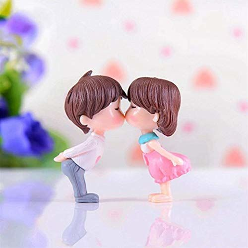 P S Retail Sweety Lovers Couple Figurines Miniatures (2 Pcs Set)