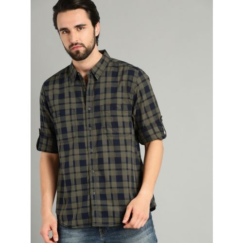 Roadster Men Checkered Casual Dark Green Shirt