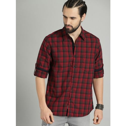 Roadster Men Checkered Casual Red Shirt