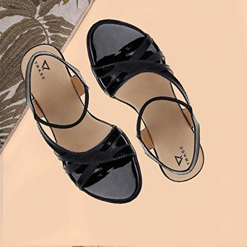 TRASE Amber Black Synthenic Leather Sandals