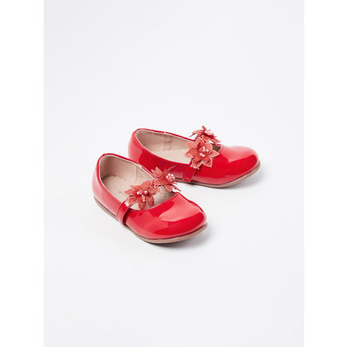 Fame Forever by Lifestyle Girls Red Solid Mary Janes