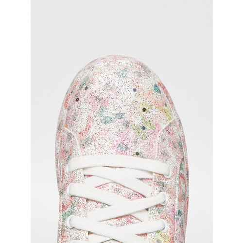 Fame Forever by Lifestyle Girls Pink Sneakers