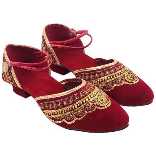 Sanaya Girls Strap Jutis(Red)