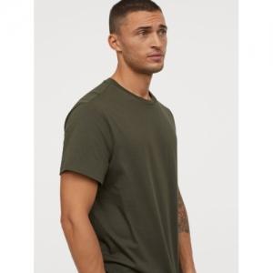 H&M Men Olive Green Solid Cotton T-shirt Regular Fit