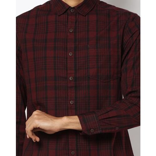AJIO Checked Slim Fit Shirt with Patch Pocket