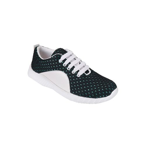 clouter hub black lace-up sports shoes