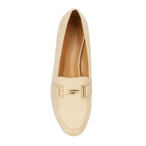 Truffle Collection beige slip on loafers